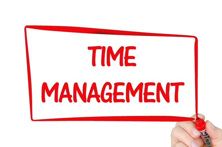 time-management-2738525_1920